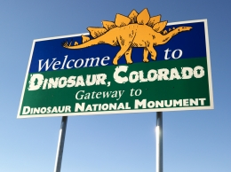 day_281ae45a_USA Tours - Dinoaur National monument.jpg